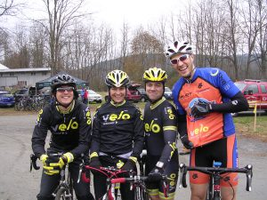 Cyclocross Race 1 group pic